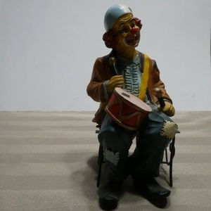 Other - CLOWN porcelain sitting on bench playing the drums